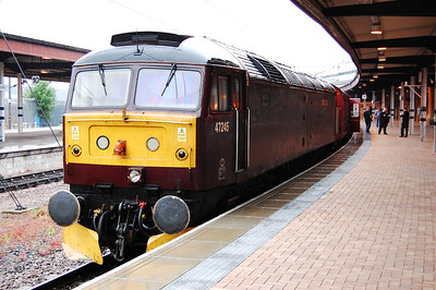 Unfortunately all was not well with 47245, and having shut down south of Darlington, it managed to coast onto the four-track section south of Northallerton. The errant machine is seen on arrival at York, where '804 ran round having assisted from the rear (08/06/2010)