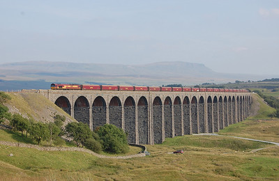 66041 crosses Ribblehead Viaduct with 4S93 1503 Milford Sidings-New Cumnock empty coal wagons (03/09/2010)