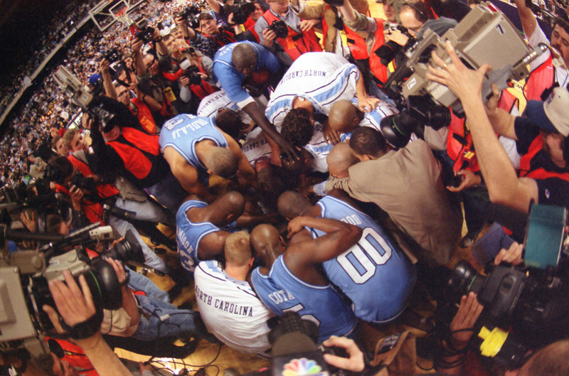 Team Victory Huddle / Media Scrunge