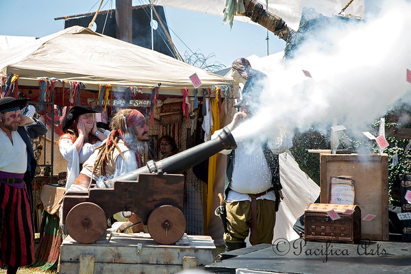 First up for us was Captain Jack Spareribs, shooting a deck of cards out of a cannon!