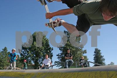 Skateboarding 1018