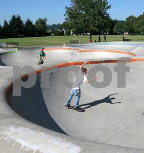 Skateboarding 0945