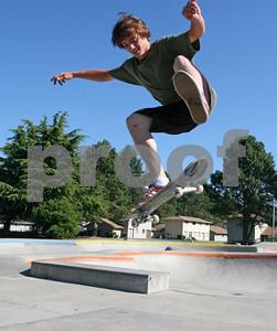 Skateboarding 0973