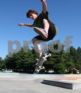 Skateboarding 0962