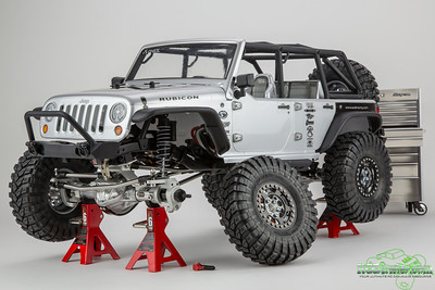 Axial SCX10 JK with Vanquish Products Currie Rockjock axles