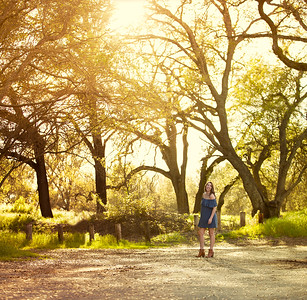 Miranda - Senior Photography - Mokelumne Fish Hatchery- North California - Sunset