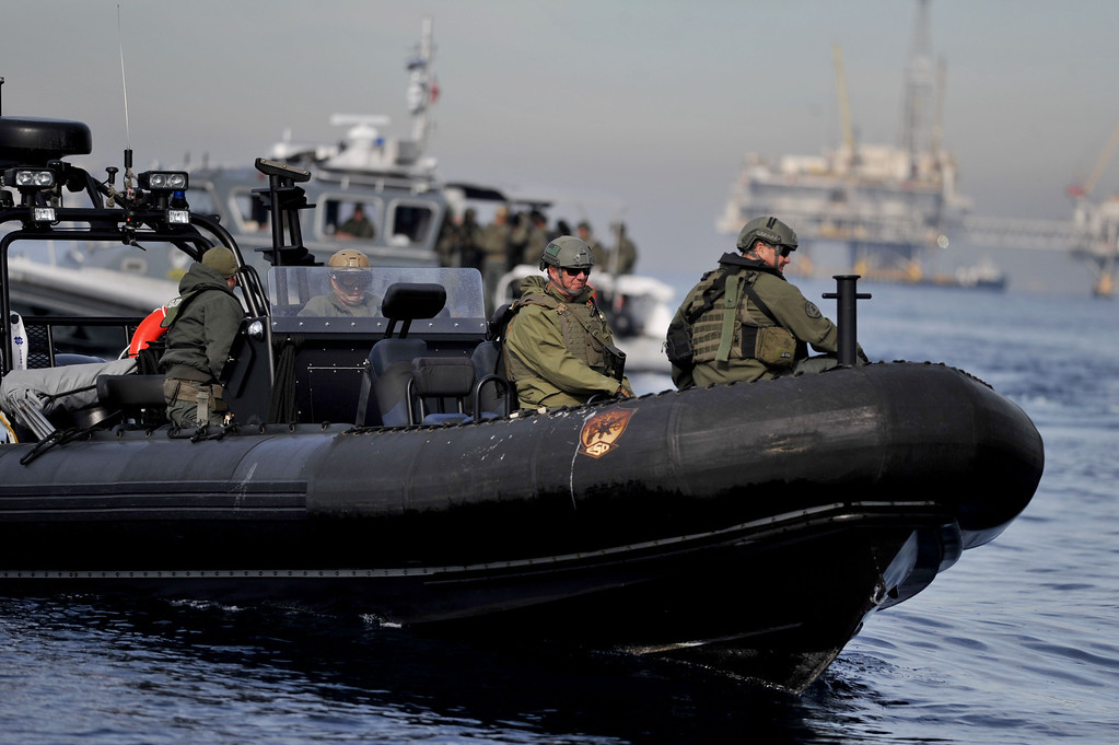 . Los Angeles County Sheriff�s Department vessels arrive approach the scene during a homeland security training drill at oil platform Eureka, off the coast between Catalina and Long Beach on Tuesday, November 26, 2013. (Photo by Sean Hiller/ Daily Breeze).