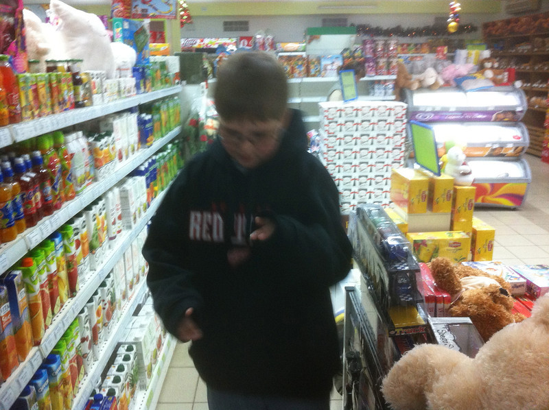 Daniel was looking for spaghetti sauce.