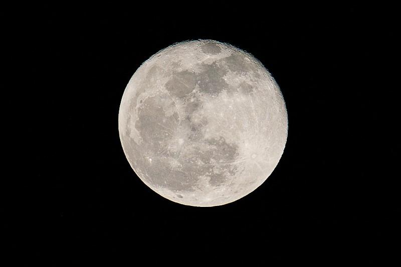 Moon-6867