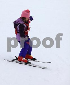 Natalie ski 8993