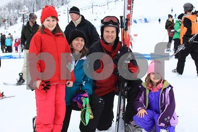 Brian & fam ski 9115