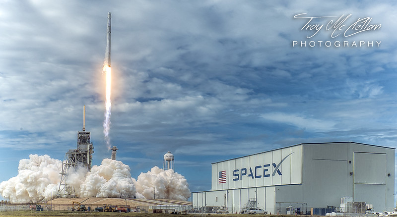 Liftoff of CRS-11 Space-X Falcon 9 From Pad 39A