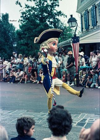 Disney World 1975-10