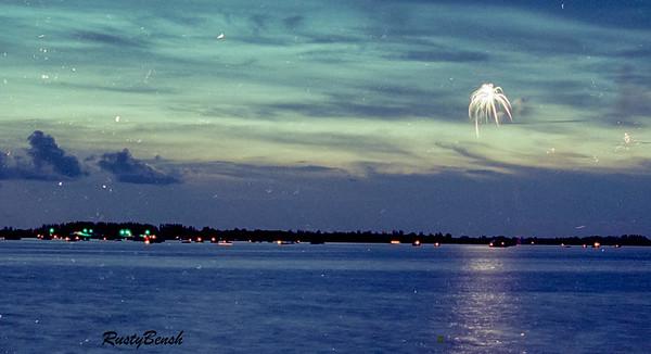 Calossahatchi Fireworks