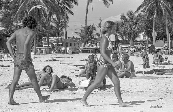 Sanibel beach-goers