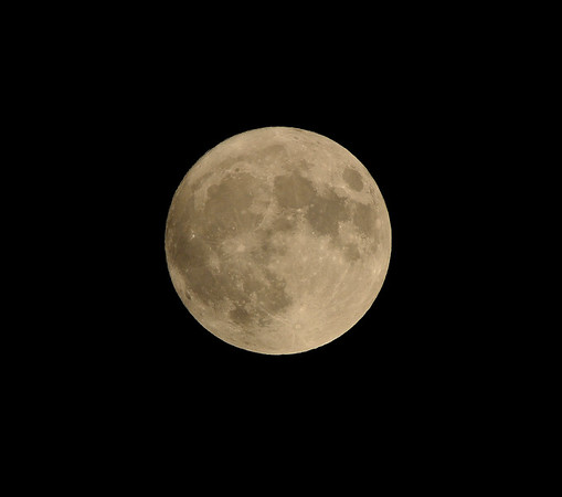 Supermoon: Closest Full Moon to Earth Since 1948