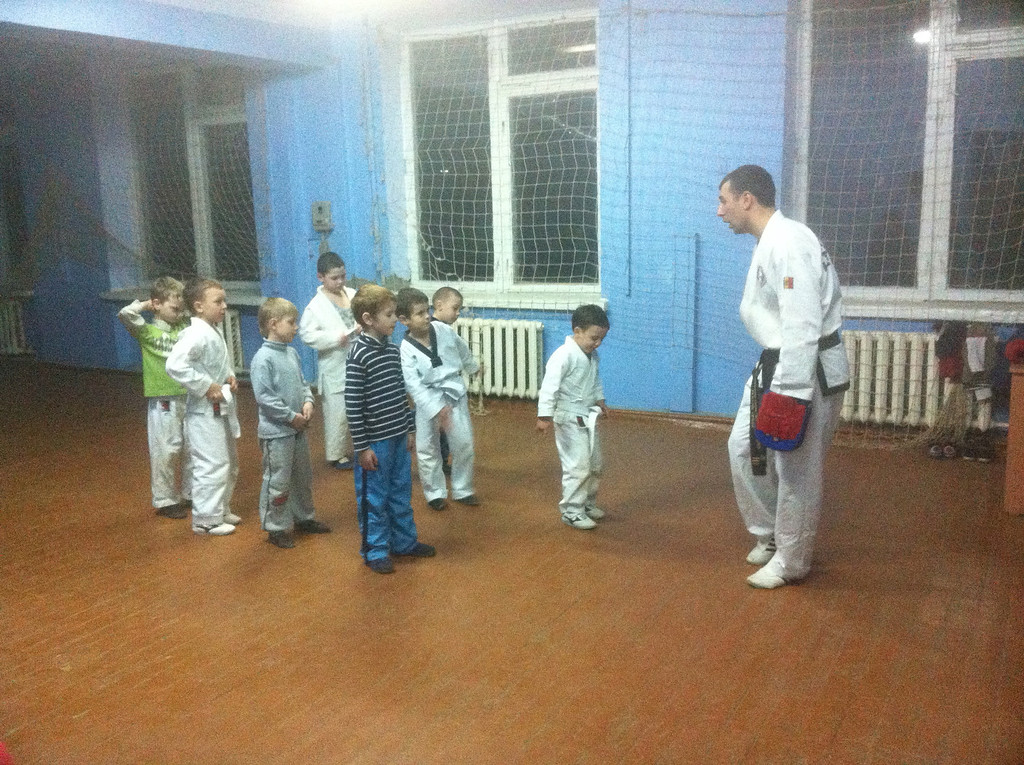 Nicolae teaching his younger students in TKD.