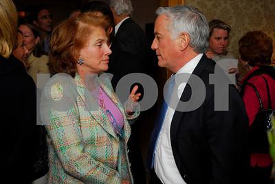 Liz Robbins, Walter Isaacson, February 9,2011Teach for America book party,Kyle Samperton