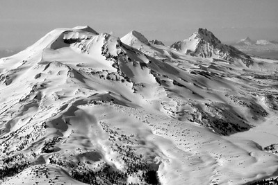 Black and White of the Three Sisters