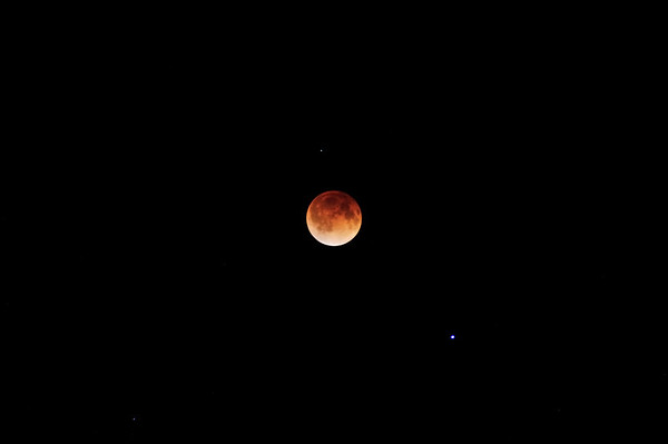 Total Lunar Eclipse 4.15.2014