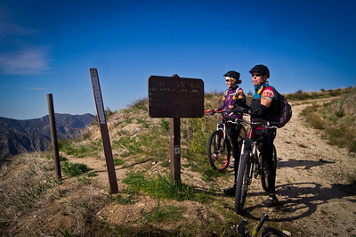 Oak Springs Trail 14W10, looking north from Yerba Buena