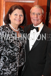 Susan Spooner, Ron Spooner. Washington Performing Arts Society Annual Gala and Auction at Marriott Wardman Park Hotel. Photo by Alfredo Flores. April 2, 2011