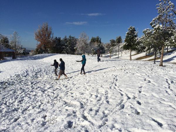 . Yucaipa residents woke up to snow Wednesday morning, Dec. 31, 2014. (Photo by Rick Sforza/The Sun)