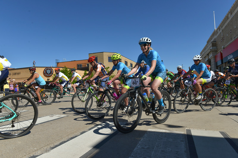 Justin Sheely | The Sheridan Press<br /> 40-mile racers take off on Broadway street during the Dead Swede Hundo bike race at Black Tooth Brewing Company Saturday, June 2, 2018. The race features a 100-mile loop that takes bicyclists into the Bighorn National Forest via Red Grade road.