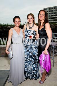 Anna Christopher, Jamie Tarabay, Carolyn Niles. WHCD Pre Parties. Photo © Tony Powell. April 30, 2011