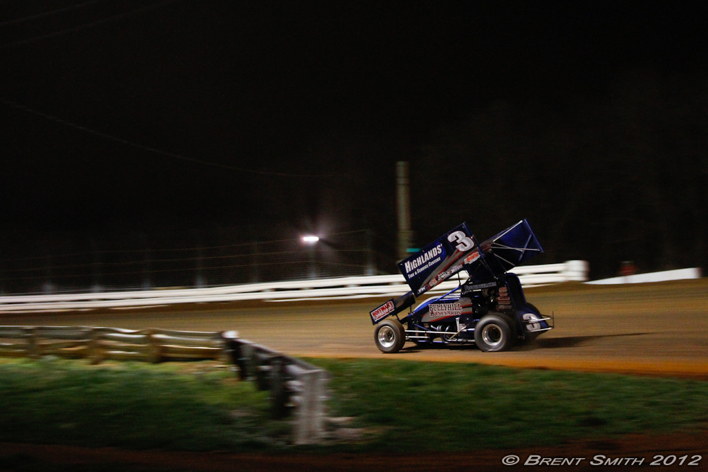 IMAGE: http://www.brentsmithphotography.com/Category/WilliamsGrove2012/WilliamsGrove23MAR12/i-CSgxT5z/0/O/WGV23MAR12-417.jpg