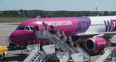 Wizz Airplanes in Gdansk 005