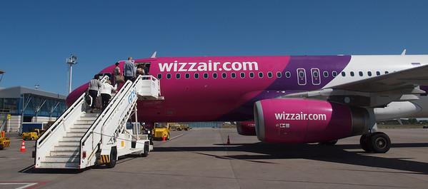 Wizz Airplanes in Gdansk 011