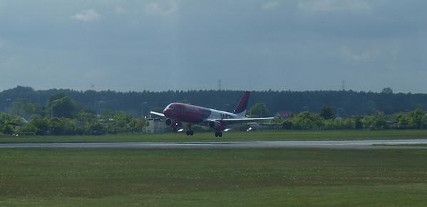 Wizz Airplanes in Gdansk 006