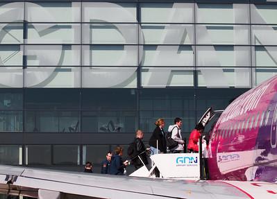 Wizz Airplanes in Gdansk 001