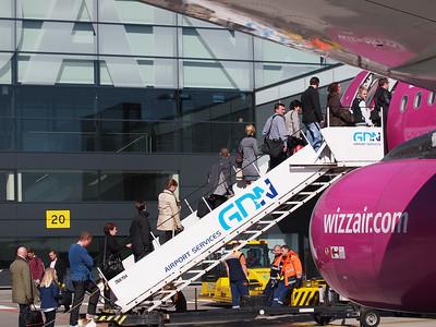 Wizz Airplanes in Gdansk 018