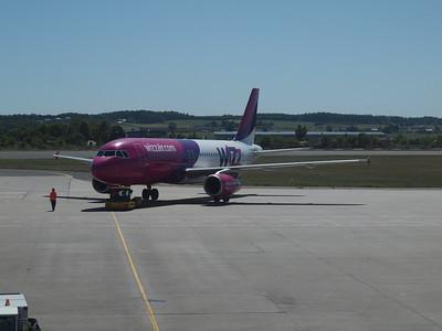 Wizz Airplanes in Gdansk 004