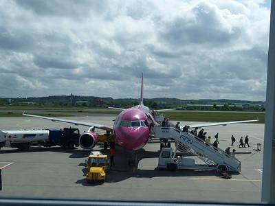 Wizz Airplanes in Gdansk 003
