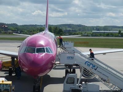 Wizz Airplanes in Gdansk 022