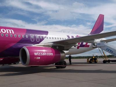 Wizz Airplanes in Gdansk 024