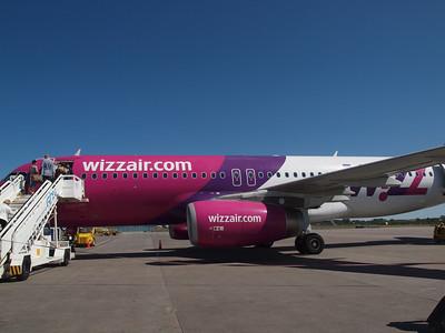 Wizz Airplanes in Gdansk 009