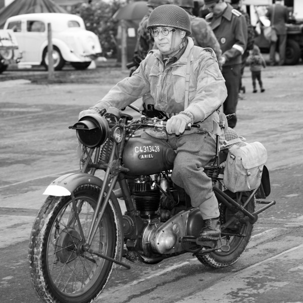 Dispatch Rider [2] B&W