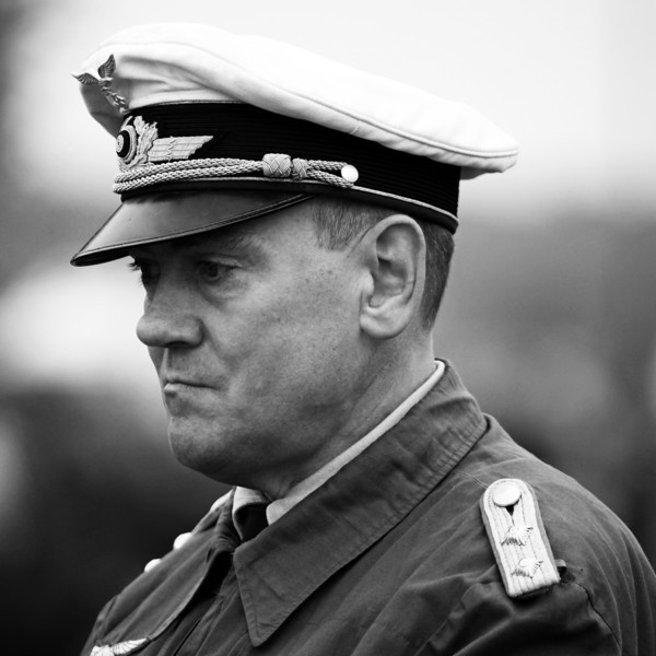 German Naval Officer B7W