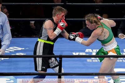 Boxing 2015 - Heather Hardy vs. Renata Domsodi