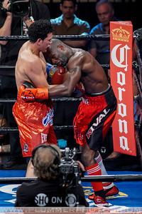 Boxing 2016 - David Benavidez vs. Francy Ntetu