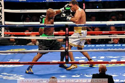 BOXING 2013 - Bernard Hopkins vs. Karo Murat