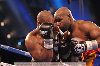 JOHNATHAN BANKS and SETH MITCHELL exchange punches in a heavyweight title fight at Boardwalk Hall in Atlantic City, New Jersey.