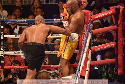 Boxing 2013 -SETH MITCHELL  defeats JOHNATHAN BANKS