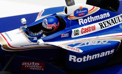 1997 #3 Jacques Villeneuve Williams Renault FW19 WDC RACE LIVERY SIGNED SOLD 12-2-14