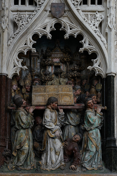 Amiens, Notre-Dame Cathedral, The Burial of Saint-Fermin