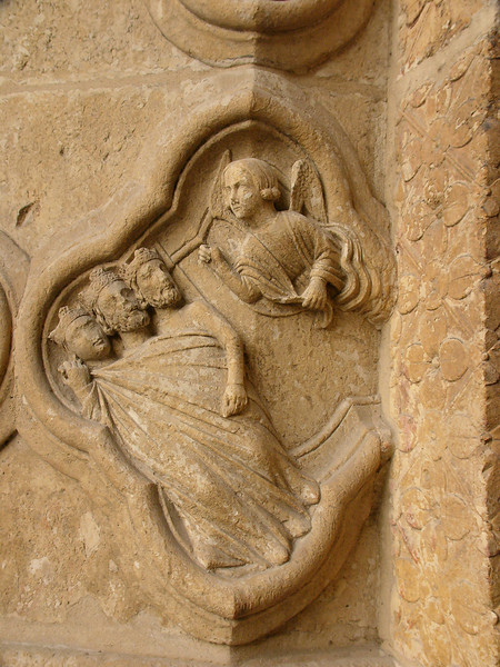 Amiens Cathedral West Facade Quatrefoil, The Angel Waking the Maji